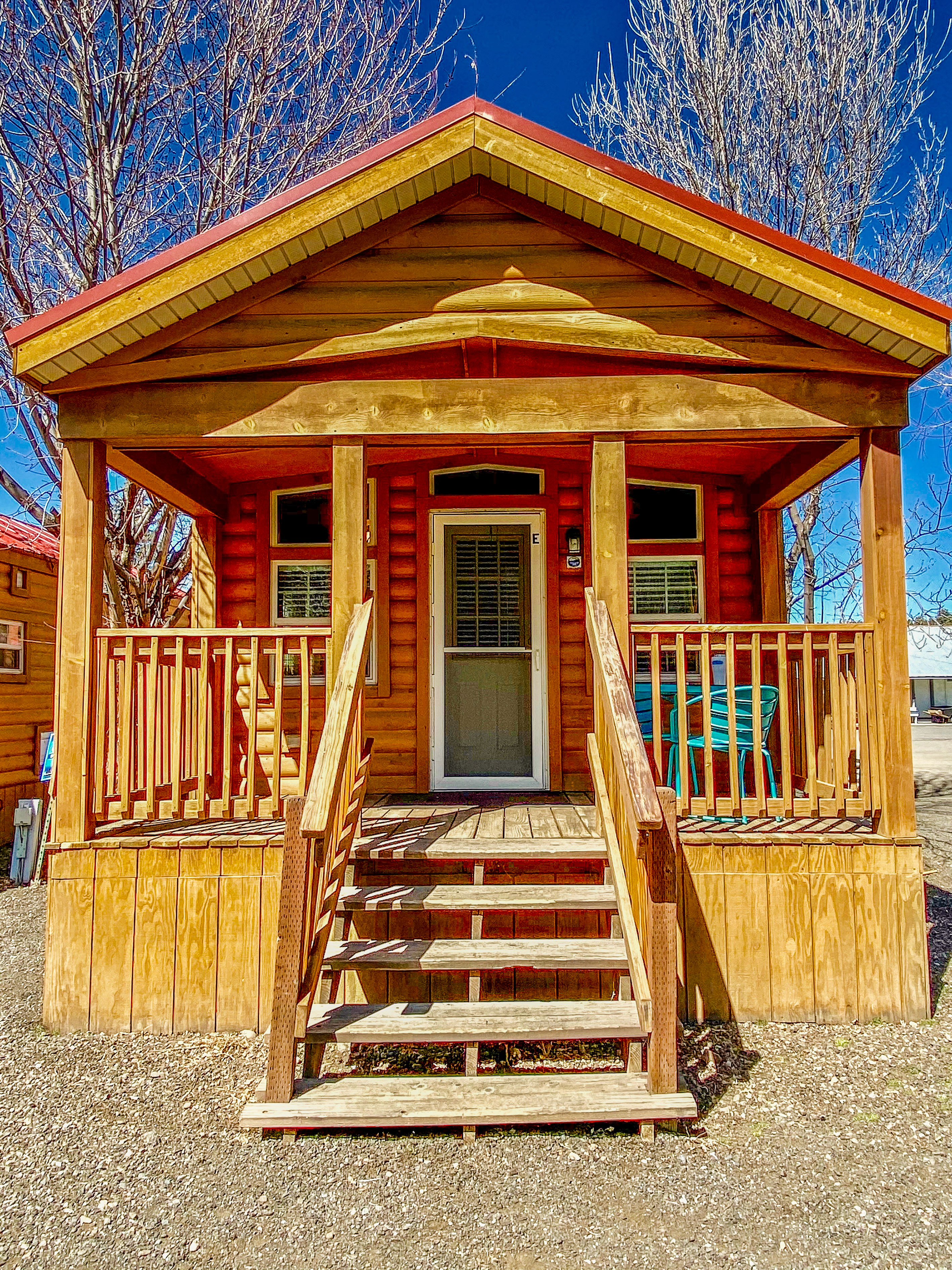 cabin-entrance